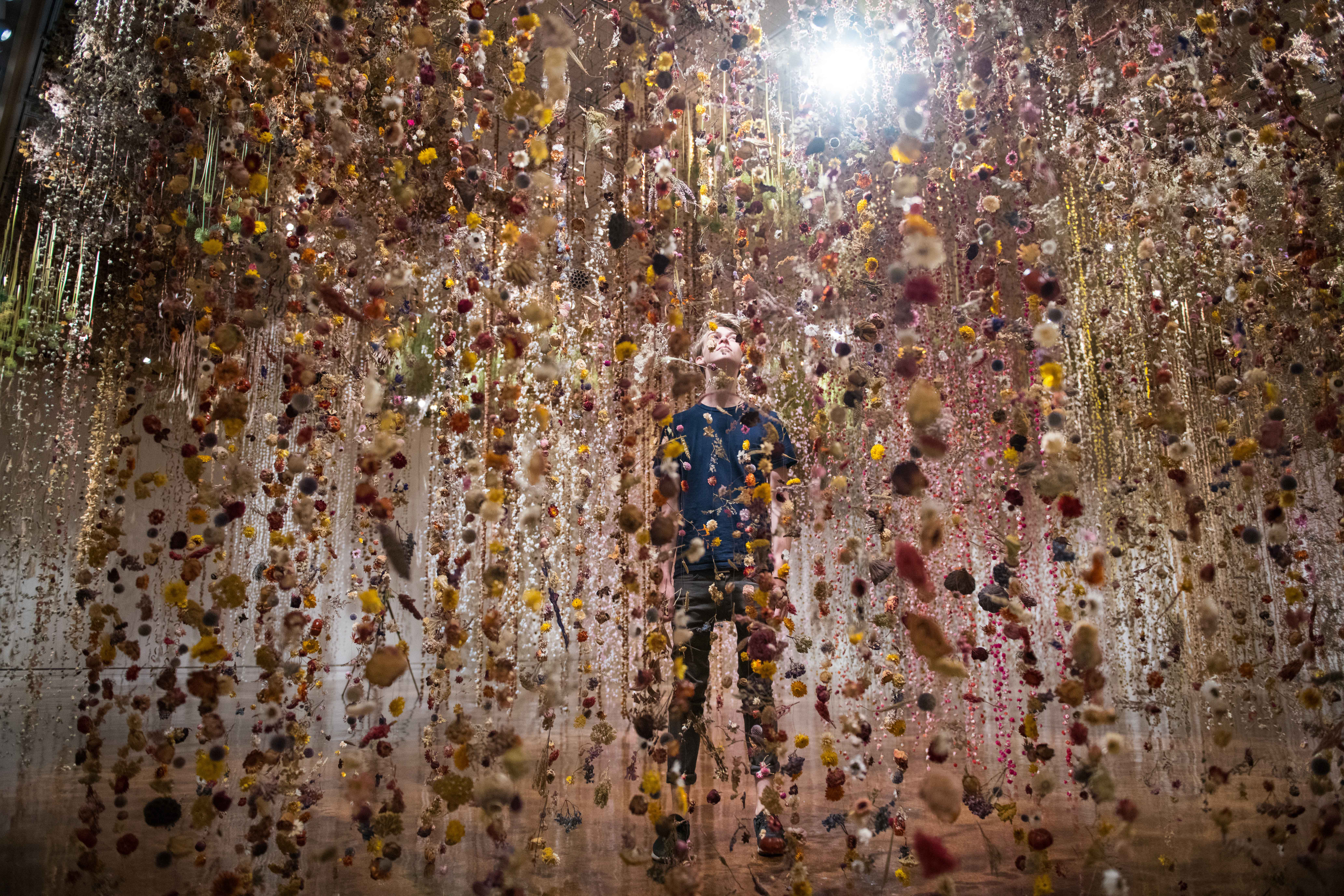 Rebecca Louise Law: Community | The Toledo Museum of Art
