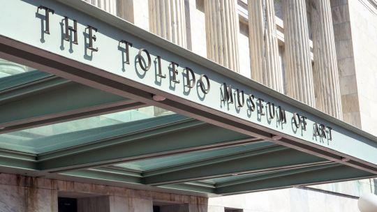 Front of Toledo Museum of Art