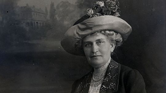 Florence Scott Libbey (1863–1938), about 1910. Toledo Museum of Art Archives