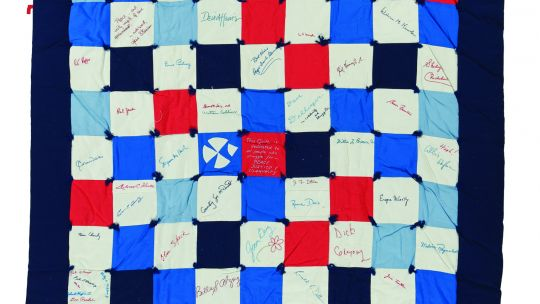 Gen Guracar, Vietnam Era Signature Quilt, c. 1965-1973. Made in Mountain View, California, 80 x 63.5 inches. International Quilt Museum, Gift of Needle and Thread Arts Society, 2007.008.0001 Image Credit: International Quilt Museum, University of Nebraska